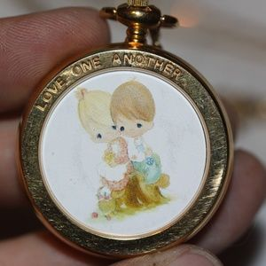 PRECIOUS MOMENTS LOVE ONE ANOTHER HANGING PENDANT
